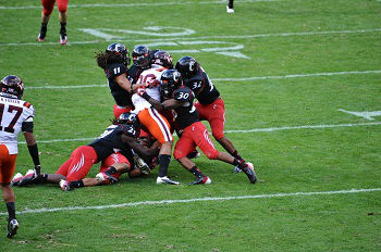 Cincinnati Bearcats 2015 NCAAF Team Preview, Prediction, Betting Guide - 7/3/2015 Free NCAAF Analysis